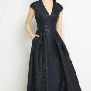 CARMEN MARC VALVO Couture Floral  Ball Gown